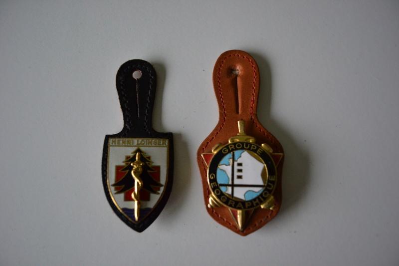 Lot 4 insignes HOPITAL MILITAIRE / GENIE / 5° REGIMENT HUSSARD et GROUPE GEOGRAPHIQUE.- ESC 1 BAISSE DE PRIX Dsc_0220