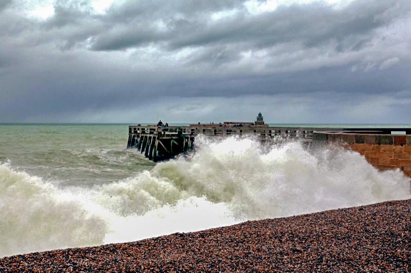 grande marée à DIEPPE Test311