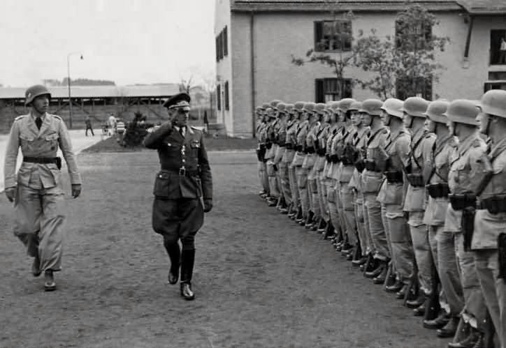Les troupes de la Luftwaffe en Italie - Page 8 Ri10