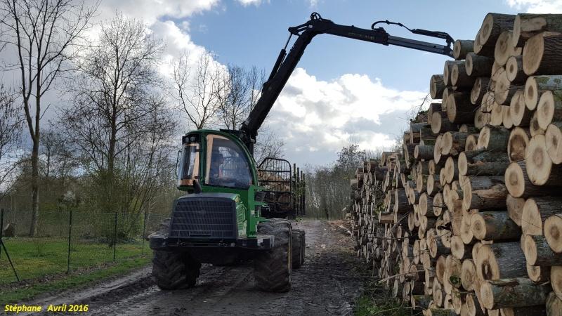 Porteur forestier (John Deere) Smart152