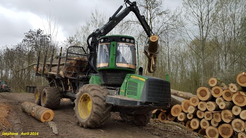 Porteur forestier (John Deere) Smart154