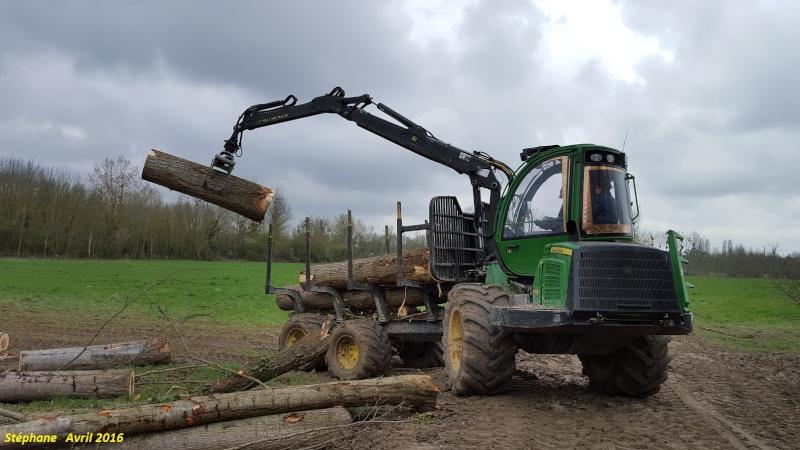 Porteur forestier (John Deere) Smart155