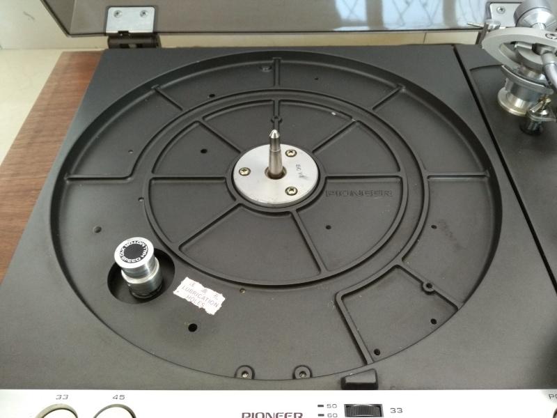 Vintage Pioneer PL-61 Studio Belt Drive TurnTable ( Used) Img_2028