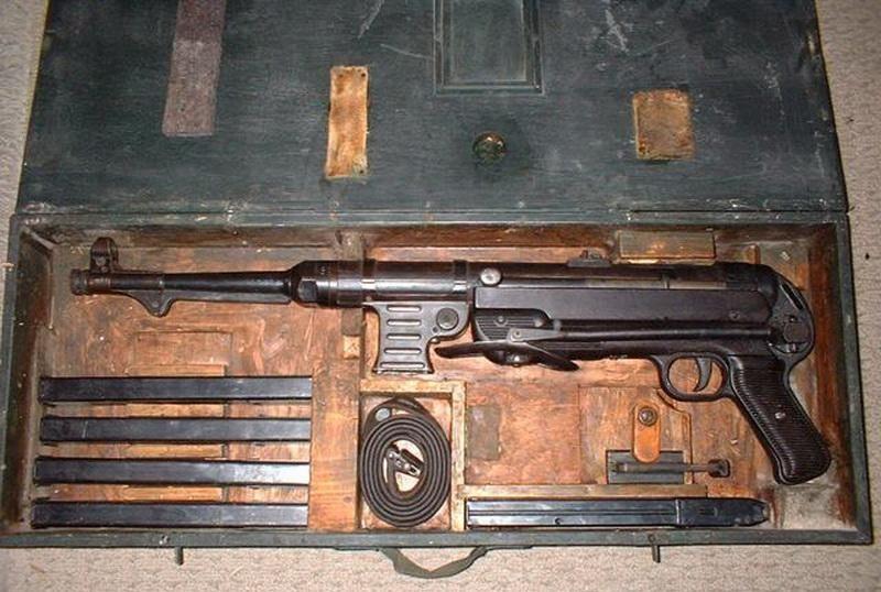 Machinen Pistole 40 Mp40_v10