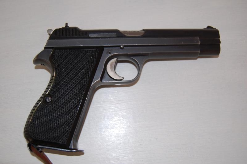 Un SIG P49 210.1 Dsc_0110