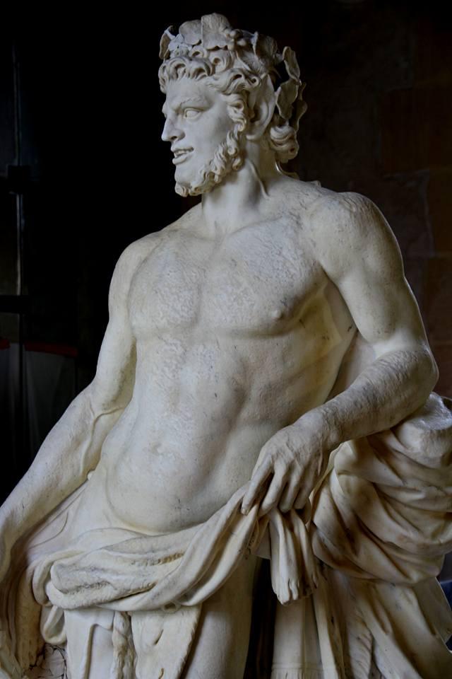 Visite à l'atelier de restauration des sculptures du C2RMF - Page 2 12961710