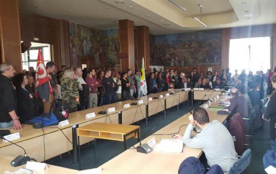 Montreuil : les agents communaux veulent faire plier la mairie 57156610
