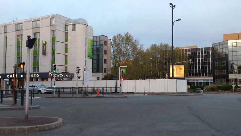 Densification - Extension de l'hotel Ibis de la place du Général de Gaulle Img_2010