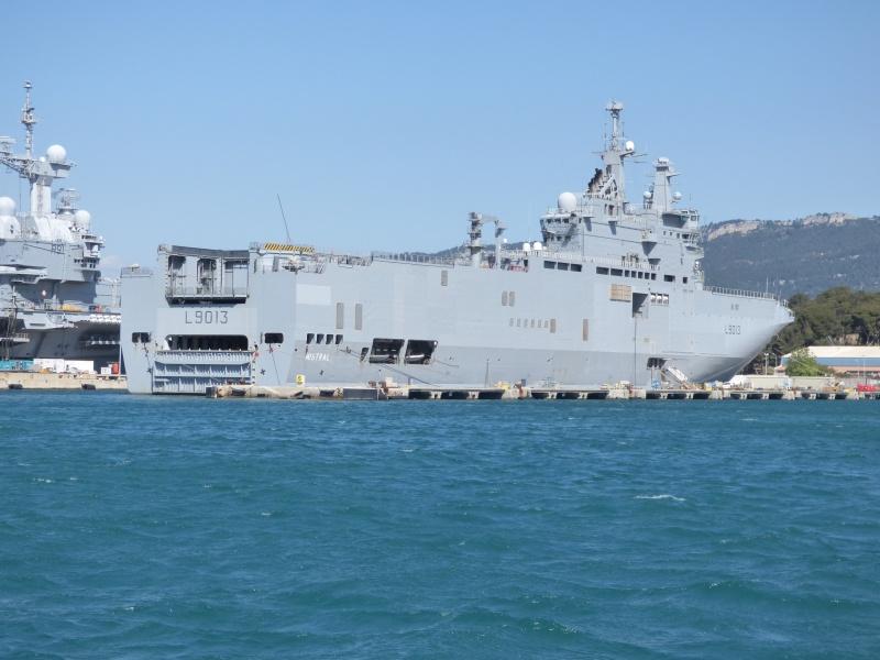 [Les Ports Militaires de Métropole] Visite de la rade de Toulon - Page 7 P1010826