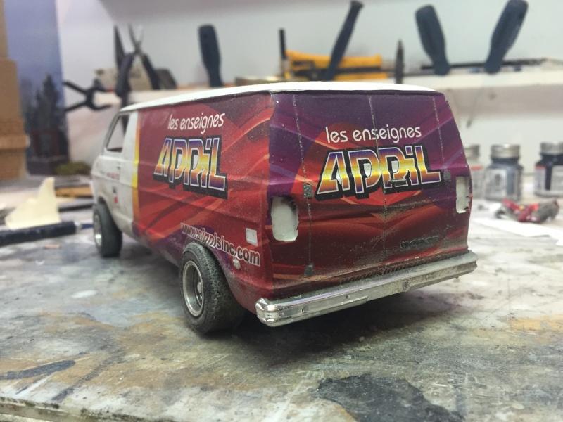 Van Dodge converti en camion-nacelle Image14
