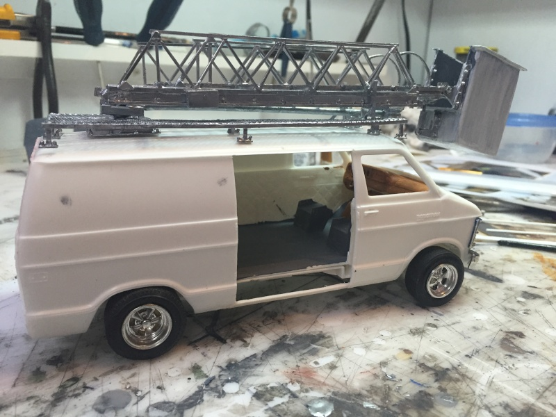 Van Dodge converti en camion-nacelle Img_3621