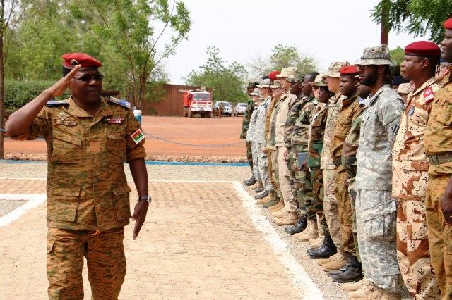 Armée nationale Burkinabé / Military of Burkina Faso - Page 3 Bk10