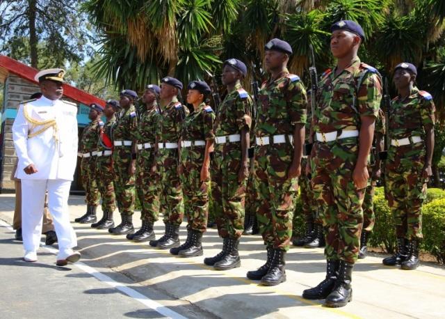 Armée kenyane/Kenyan Armed Forces - Page 4 Kenya210
