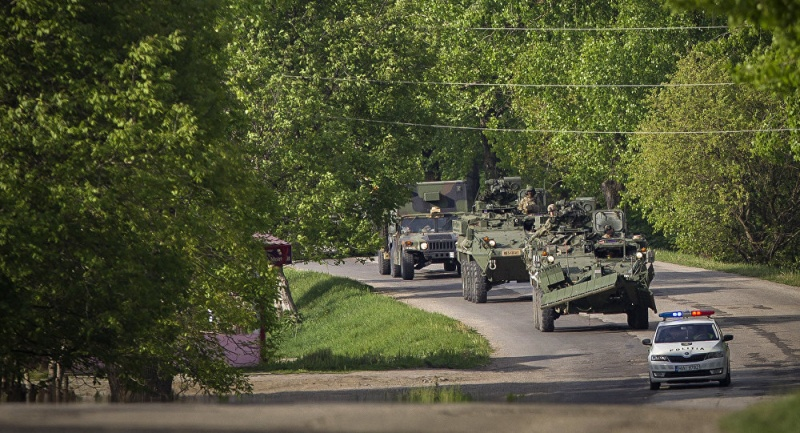 Forces armées moldaves - Page 2 Moldav10