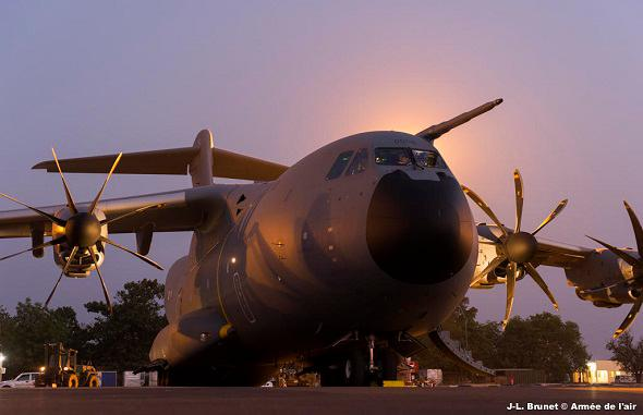 Airbus A400M - Page 15 2015