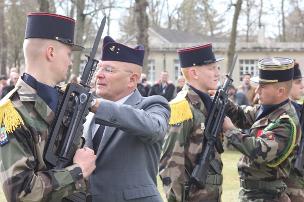 Armée Française / French Armed Forces - Page 40 2131