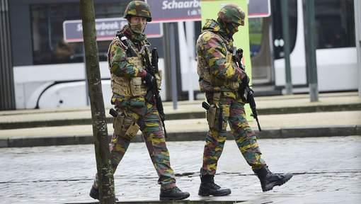 Armée Belge / Defensie van België / Belgian Army  - Page 2 2143