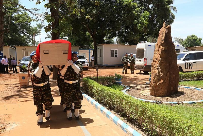 Maintien de la paix dans le monde - Les FAR en République Centrafricaine - RCA (MINUSCA) - Page 3 2175