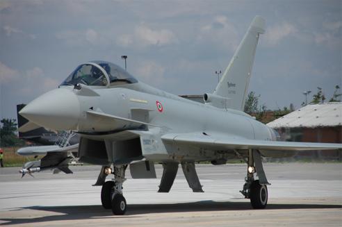 EF2000 Typhoon - Page 23 2429