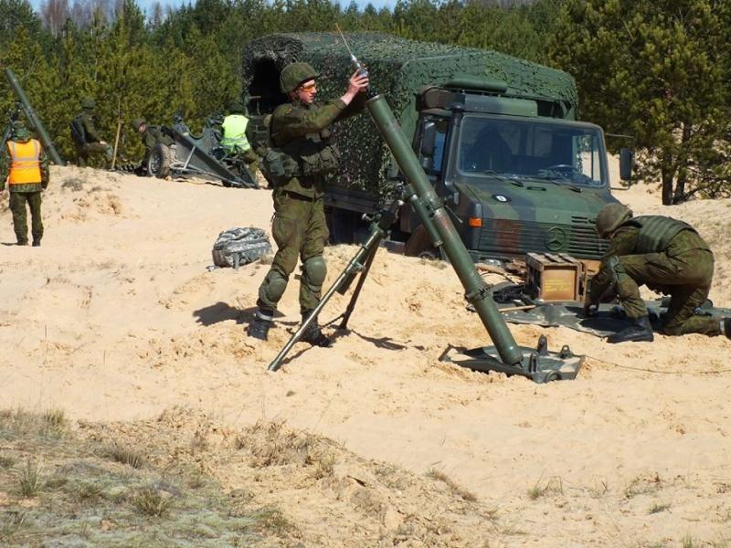 Armée lituanienne/Lithuanian Armed Forces - Page 4 2527