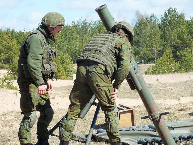 Armée lituanienne/Lithuanian Armed Forces - Page 4 2723