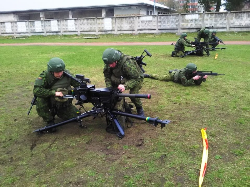 Armée lituanienne/Lithuanian Armed Forces - Page 4 2828