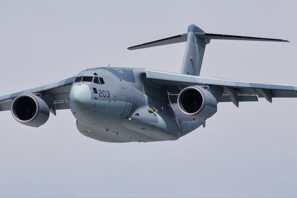 Avions de transport tactique/lourd - Page 5 31107