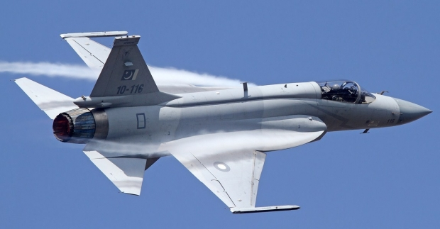 Joint Fighter-17 (JF-17) Thunder - Page 5 3158