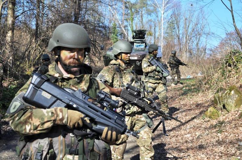 Slovenian Armed Forces / Slovenska vojska - Page 2 3230