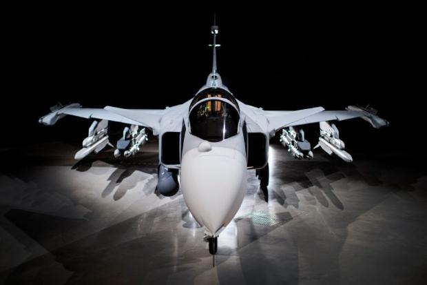Saab: présentation du futur Gripen - Page 3 3296