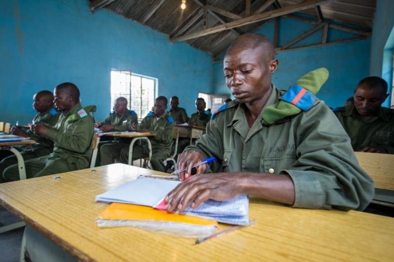 Forces Armées de la République Démocratique du Congo (FARDC) - Page 4 3392