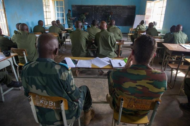 Forces Armées de la République Démocratique du Congo (FARDC) - Page 4 3480