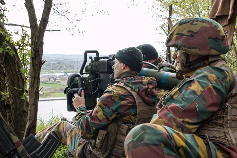 Armée Belge / Defensie van België / Belgian Army  - Page 4 3495
