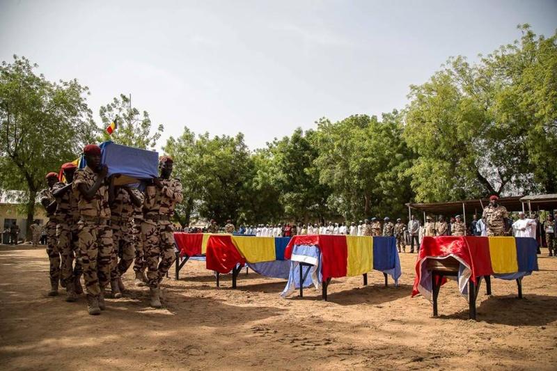 Armée Tchadienne - Page 6 3566