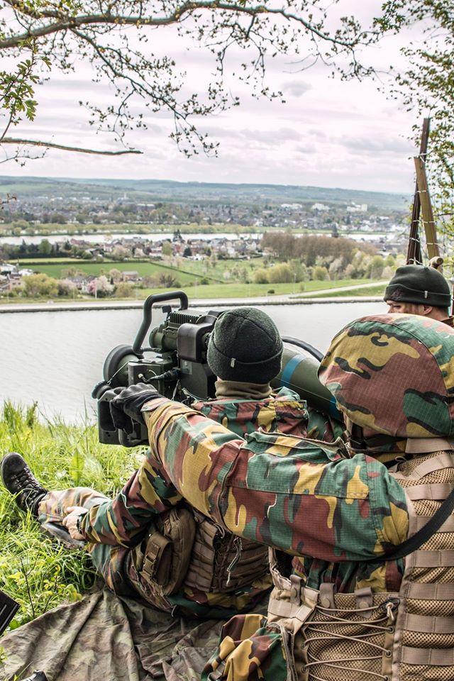 Armée Belge / Defensie van België / Belgian Army  - Page 4 3575