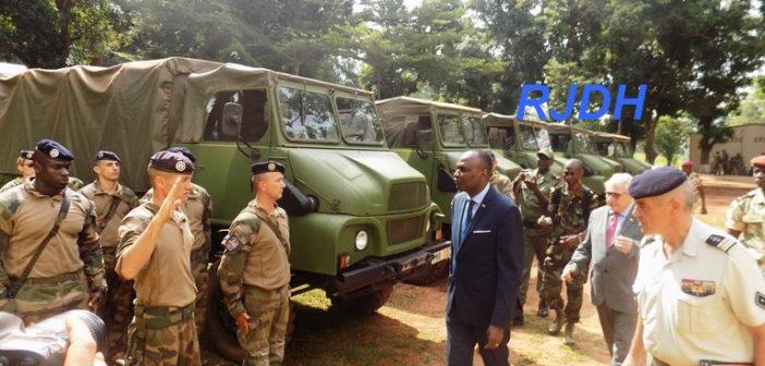 Armées de la République centrafricaine  - Page 2 3584