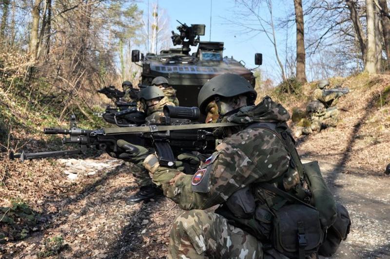 Slovenian Armed Forces / Slovenska vojska - Page 2 3626