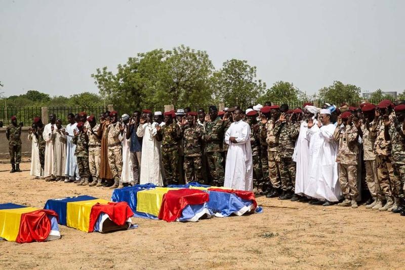 Armée Tchadienne - Page 6 3658