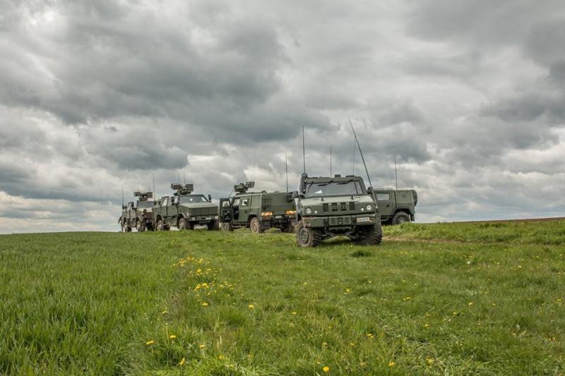Armée Belge / Defensie van België / Belgian Army  - Page 4 3939