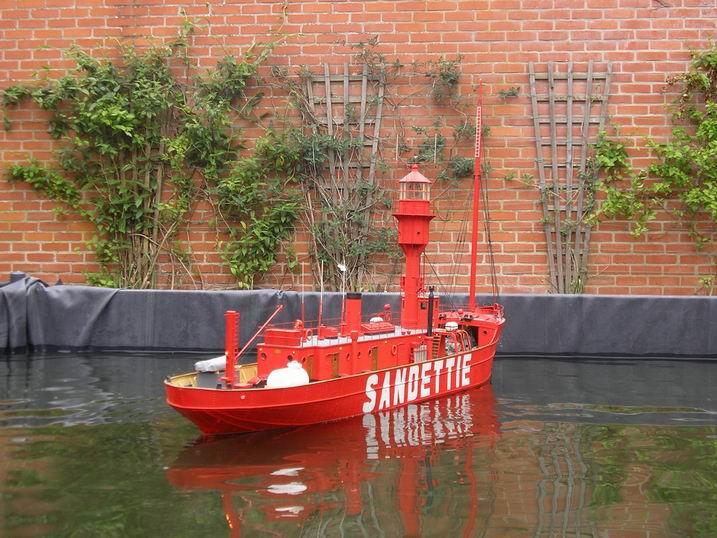 les bateaux feu (phare) 3710