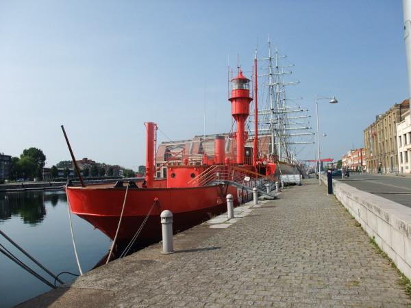 les bateaux feu (phare) Dscf1110