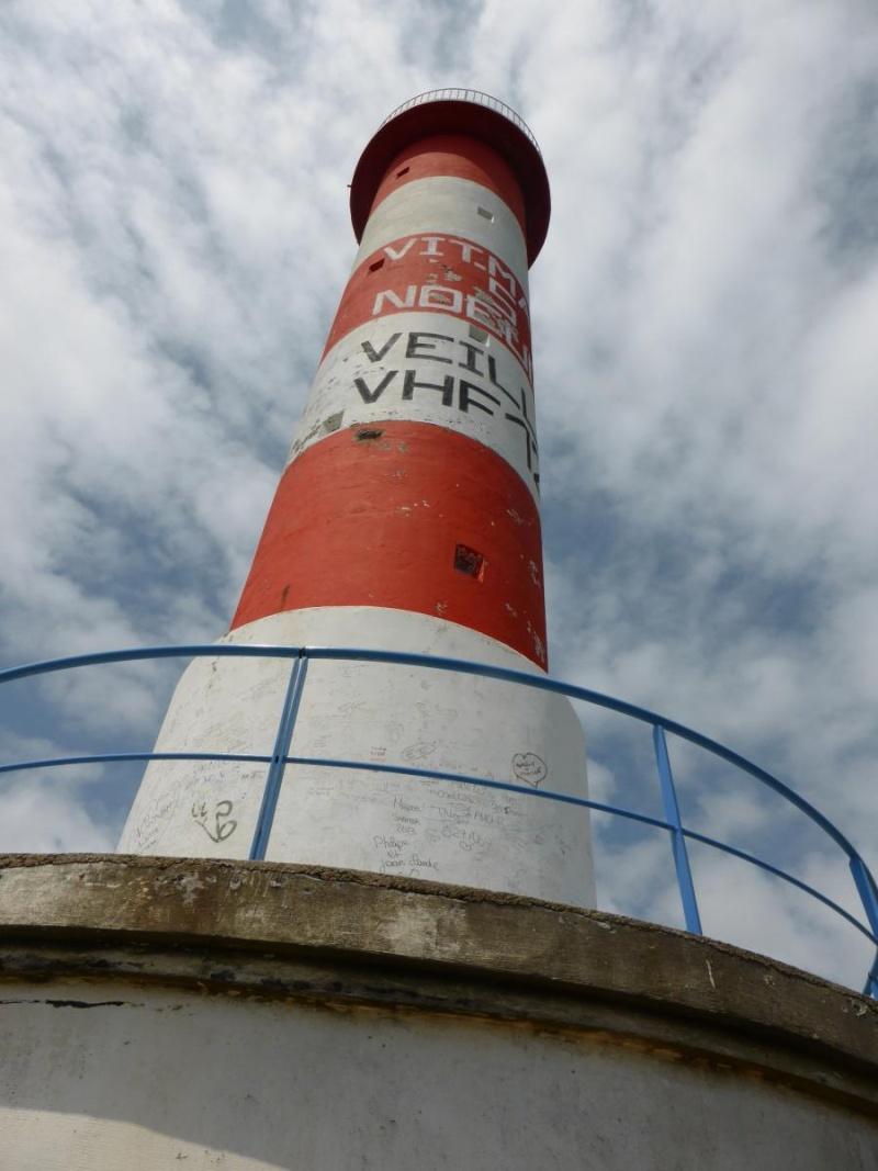 les phares en mer et à terre (2) - Page 2 Port-l10