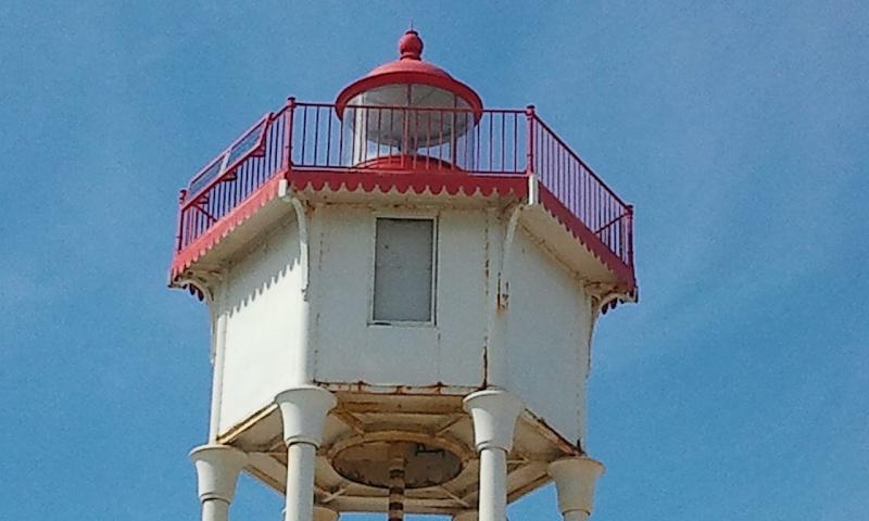 les phares en mer et à terre (2) - Page 2 Port-v13