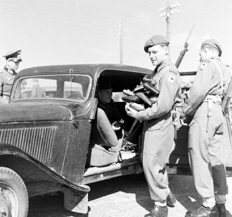 Danemark, 1945: servez vous! Image_11