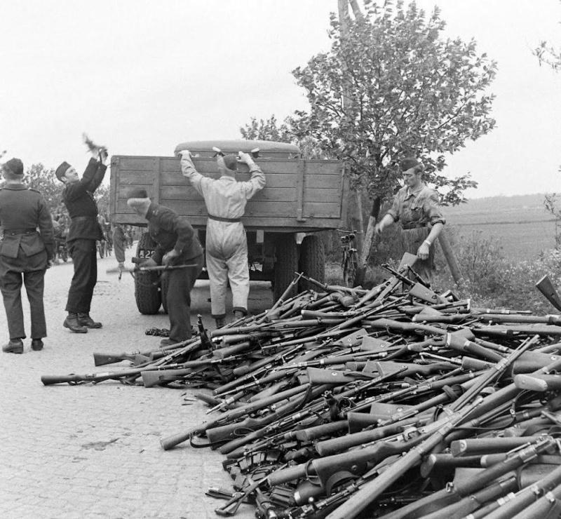 Danemark, 1945: servez vous! Image_13