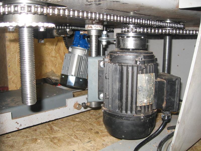 Motorisation de la table d'une R/B Hammer A3 31 Casade10