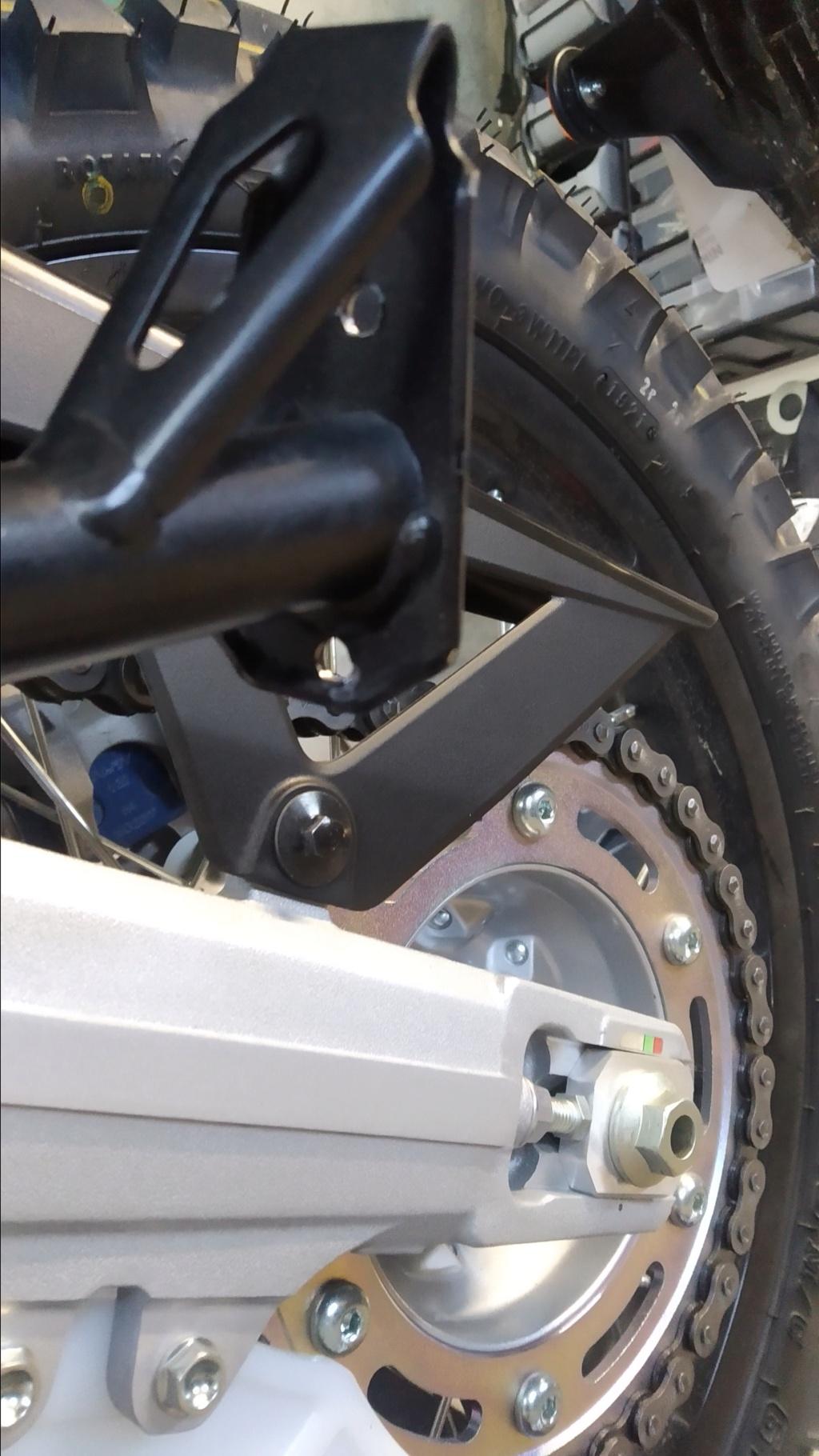 Modifs et accessoires Honda 300 CRF-L - Page 7 Img_2041