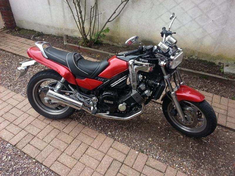 vente d'une Yamaha 750 fzx sur Rouen Yamchr13