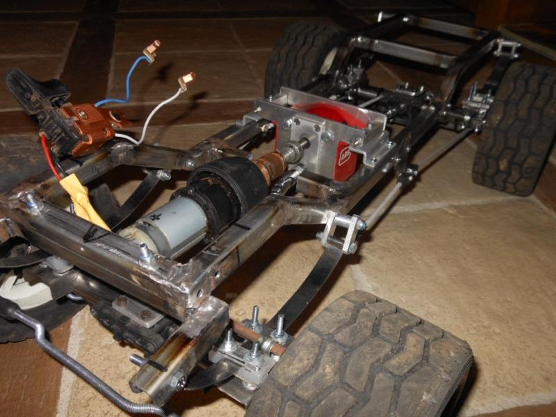 land rover échelle 1/4 Dscn1110
