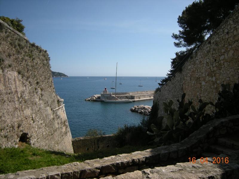 VILLEFRANCHE sur MER Patrimoine historique et  maritime - Page 2 02011
